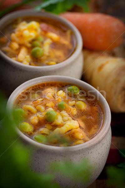 Zupa jarzynowa gulasz marchew groszek makaronu pietruszka Zdjęcia stock © mythja