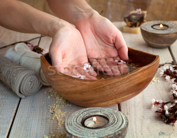 Foto d'archivio: Naturale · spa · manicure · benessere · sapone · candele