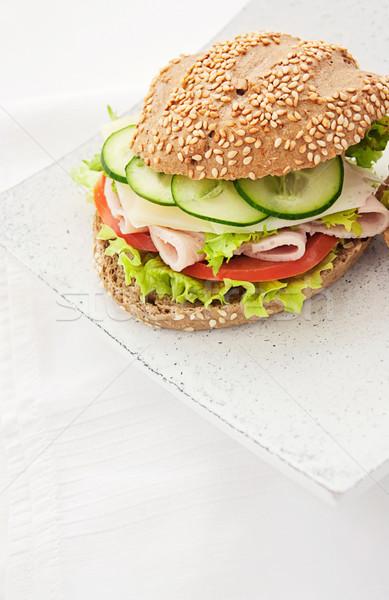 Delicioso presunto queijo salame sanduíche legumes Foto stock © mythja