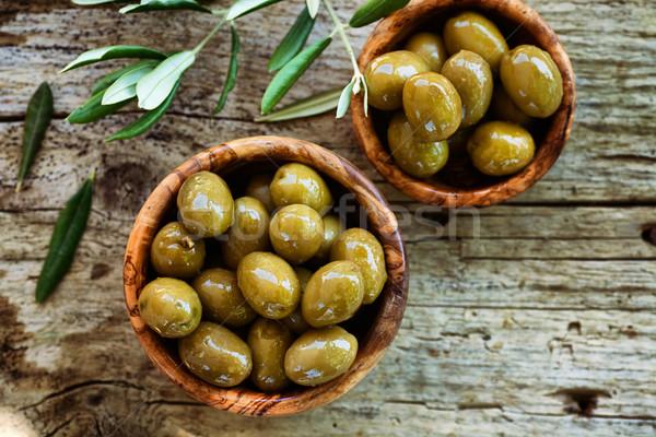 Frescos aceitunas aceite de oliva rústico de oliva Foto stock © mythja