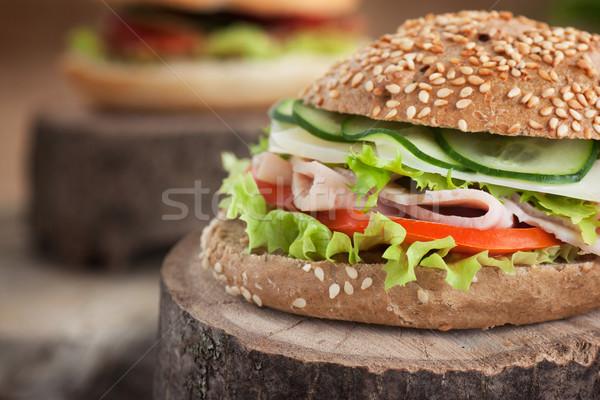 Heerlijk sandwich ham kaas salami groenten Stockfoto © mythja