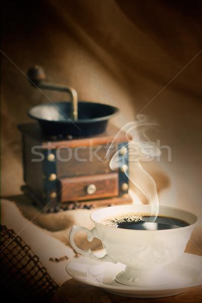 Csésze kávéscsésze kávé klasszikus daráló fa Stock fotó © mythja