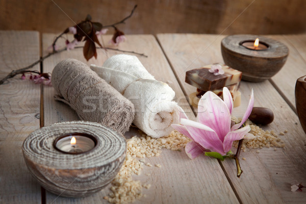 Natural spa Wellness săpun lumânări prosop Imagine de stoc © mythja