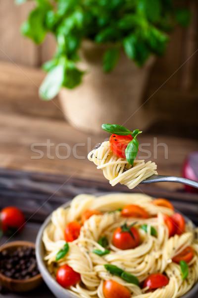 Makarna zeytinyağı İtalyan mutfağı çatal sarımsak fesleğen Stok fotoğraf © mythja