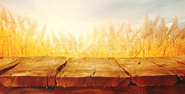 Búzamező nyár deszkák fa üres asztal Stock fotó © mythja