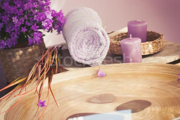Lila spa natürlichen Wellness Blumen Handtuch Stock foto © mythja