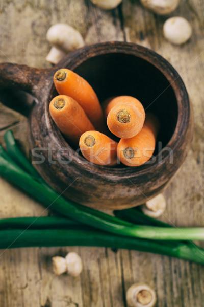 Foto stock: Legumes · frescos · cozinhar · ingredientes · cenouras · cebolas · cogumelos