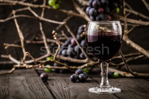 Foto stock: Fresco · uvas · vinho · tinto · madeira · outono · fruto