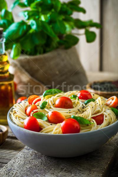 пасты оливкового масла итальянская кухня чеснока базилик помидоров Сток-фото © mythja