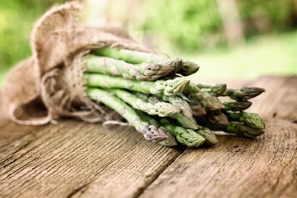 Frischen Spargel Gemüse Holz frische Lebensmittel Stock foto © mythja