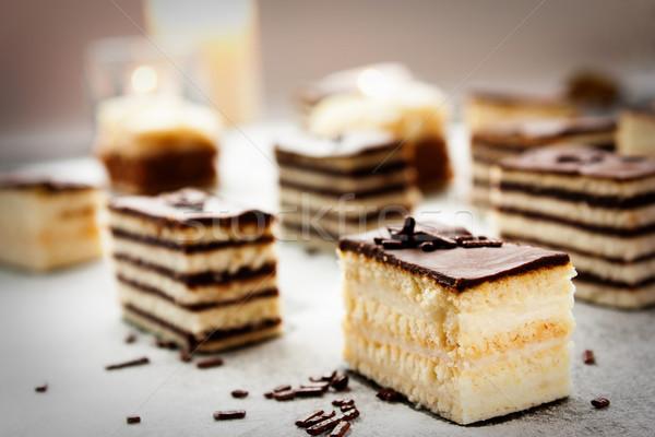 Variedad torta piezas chocolate vainilla Foto stock © mythja