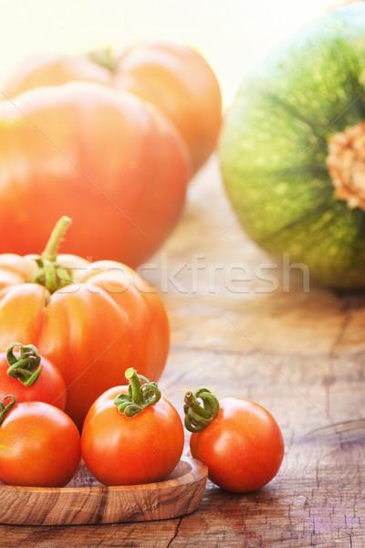 Stockfoto: Vers · tomaten · groenten · houten · textuur · groene