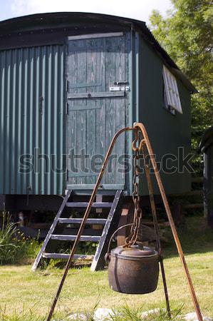 Arrugginito calderone metal impiccagione aprire il fuoco spazio Foto d'archivio © naffarts