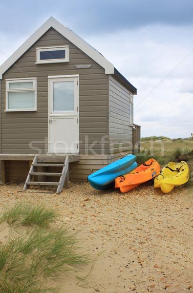 Sörf ahşap plaj kulübe üç renkli yan Stok fotoğraf © naffarts