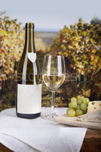 ストックフォト: チーズ · ワイン · ボード · 白ワイン · 食品 · ガラス