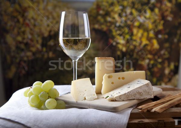 Stok fotoğraf: Peynir · şarap · üç · fransız · cam · beyaz · şarap