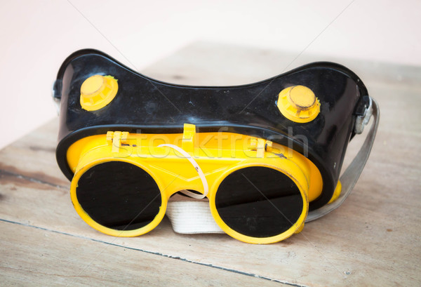 Güvenlik Metal sparks gözlük koruma bebek Stok fotoğraf © nalinratphi