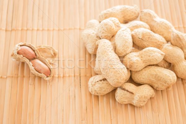 Amendoins cozinha bambu estoque foto Foto stock © nalinratphi