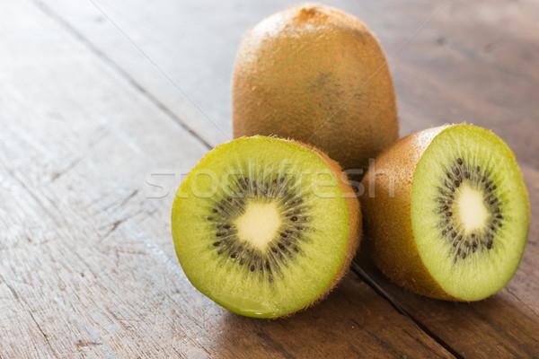 Kiwi frutta rosolare legno stock foto Foto d'archivio © nalinratphi