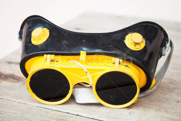 Közelkép biztonság fém szikrák védelem szemüveg Stock fotó © nalinratphi
