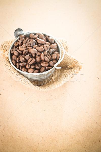 Caffè bean secchio legno stock Foto d'archivio © nalinratphi