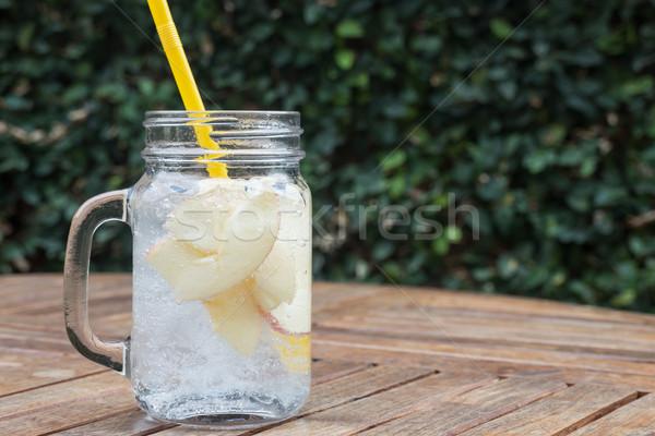 Glas aardbei soda drinken appel Stockfoto © nalinratphi