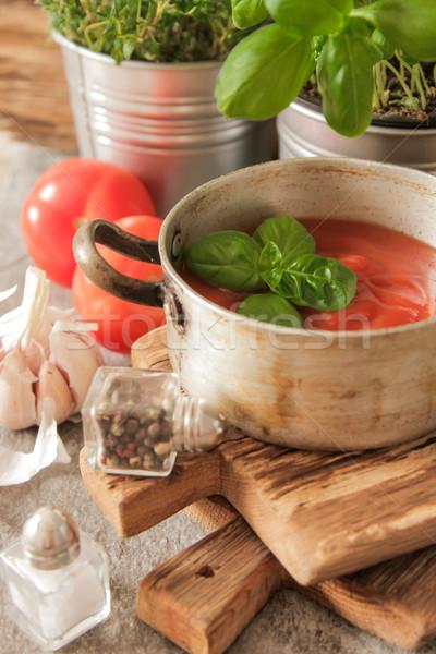 Tomatensoep basilicum pot marmer achtergrond tabel Stockfoto © Naltik