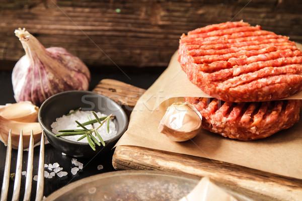 Brut sol boeuf viande Burger steak Photo stock © Naltik