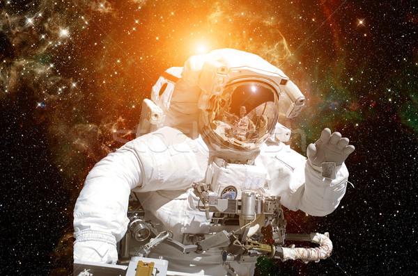 Сток-фото: астронавт · космическое · пространство · Элементы · изображение · небе · технологий