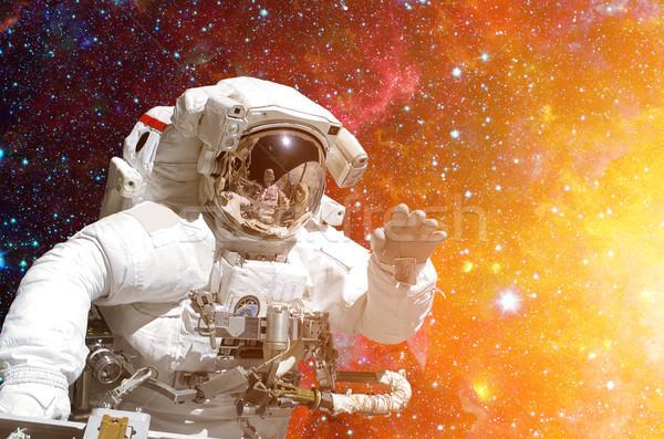 Astronauta espacio exterior fondo elementos imagen cielo Foto stock © NASA_images