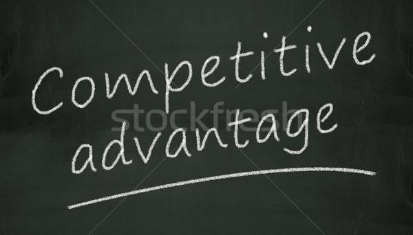 Pizarra competitivo ventaja ilustración escrito negro Foto stock © nasirkhan