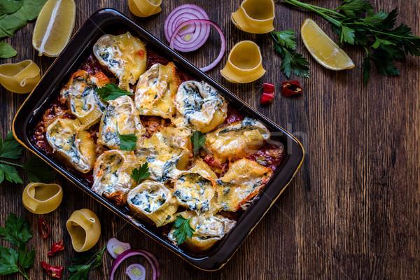 Shell pasta ripieno spinaci crema formaggio Foto d'archivio © Natalya_Maiorova