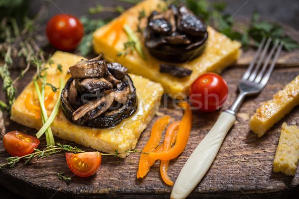 Foto d'archivio: Mais · funghi · melanzane · tradizionale · cucina · italiana