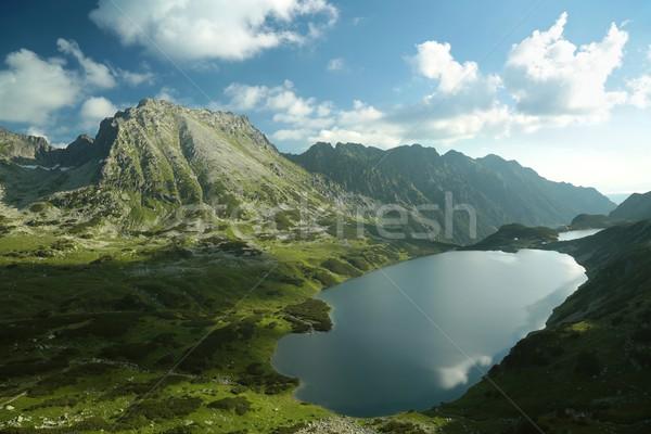 Vallée montagnes magnifique étang cinquième Pologne Photo stock © nature78