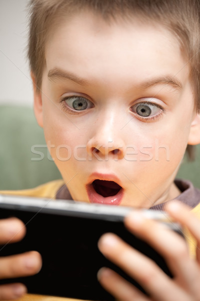 Photo stock: Garçon · jouer · jeu · consoler · enfant
