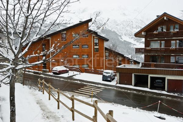 Ski resort sneeuwstorm gebouw natuur sneeuw Stockfoto © naumoid