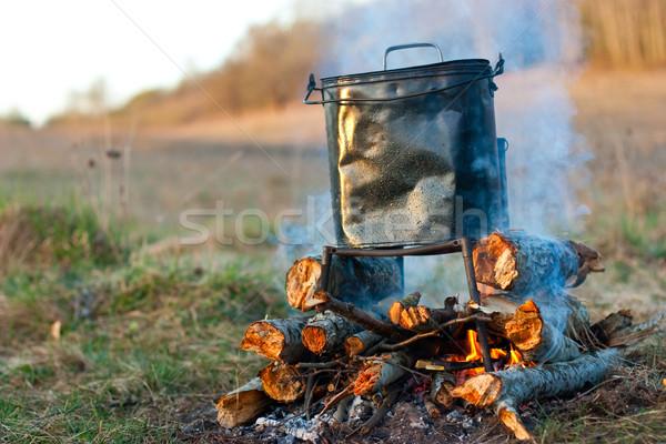 Fogueira camping ardente manhã luz Foto stock © naumoid