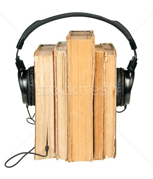 Hifi fejhallgató öreg könyvek csetepaté izolált Stock fotó © naumoid