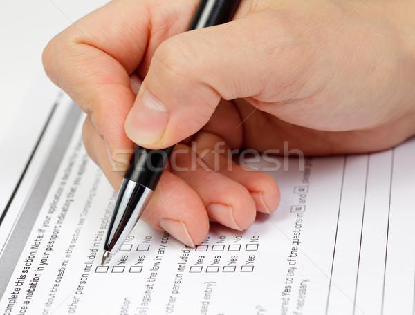 Exame mão caneta verificar caixas aplicação Foto stock © naumoid