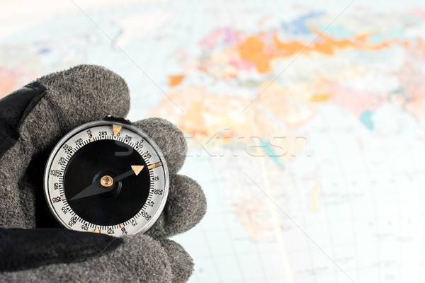 Bussola mano escursioni guanto mappa Foto d'archivio © naumoid