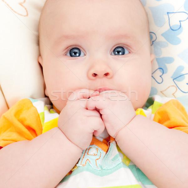 Csecsemő kezek száj aranyos kicsi kislány Stock fotó © naumoid