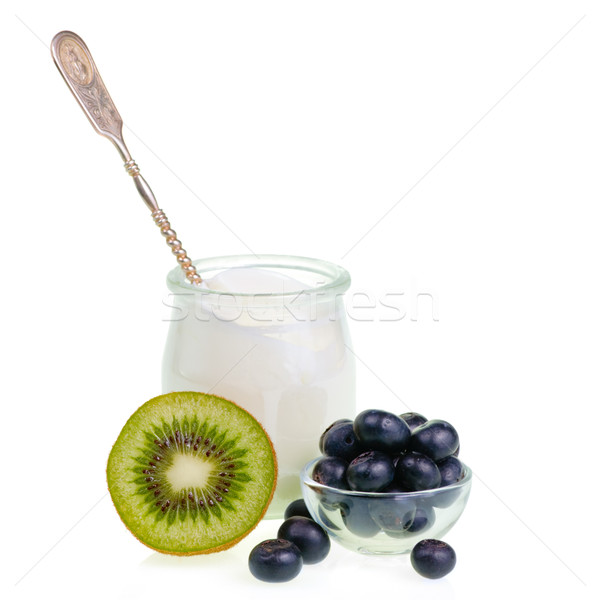 Yogurt frutas jar cuchara blanco frutas Foto stock © naumoid