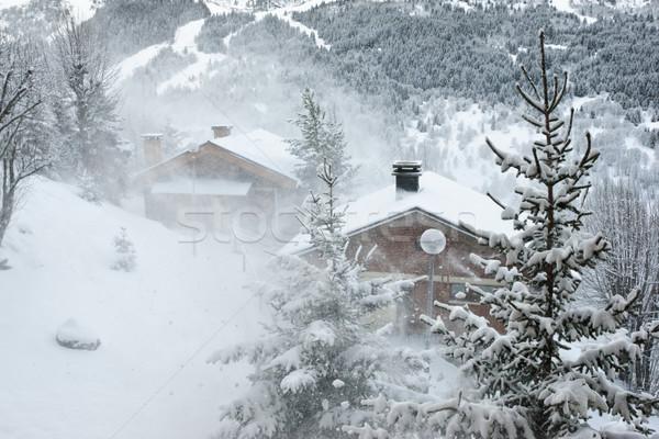 Sí üdülőhely hóvihar épület természet hó Stock fotó © naumoid