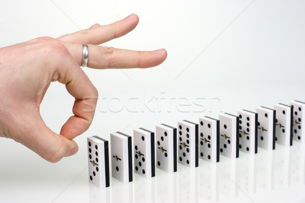 Domino effect hand klaar start keten Stockfoto © naumoid