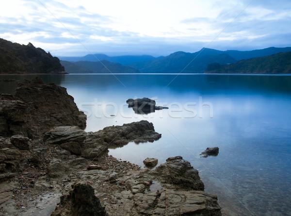 Drámai naplemente Új-Zéland víz tenger szépség Stock fotó © naumoid