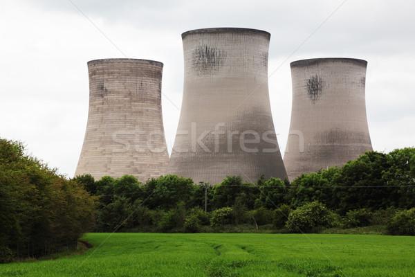 Kühlung Türme Kraftwerk Strom Stock foto © ndjohnston