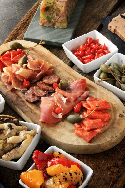 Antipasti alimentaire table tomate déjeuner fraîches Photo stock © neillangan