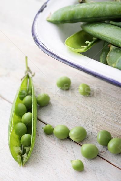 Zöldborsó hüvely friss kert Stock fotó © neillangan