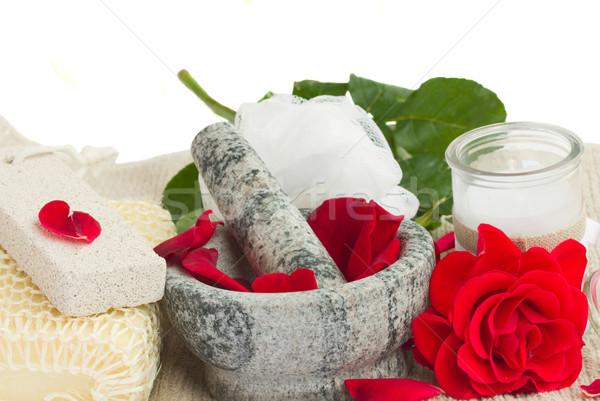 Fürdő beállítások rózsák fehér rózsa virágok Stock fotó © neirfy