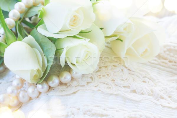Rosa arancione rose pizzo bianco fresche Foto d'archivio © neirfy